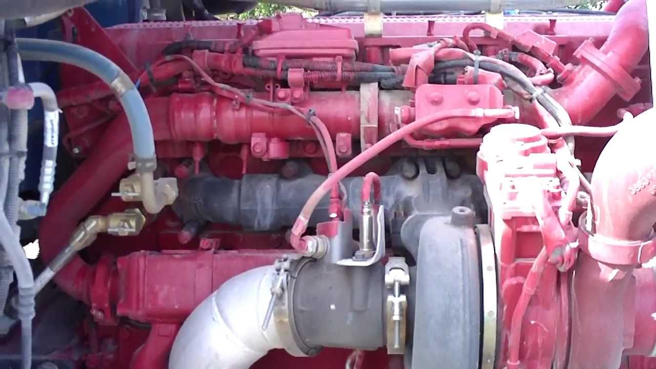 A Closer Look At 389 Peterbilt EGR Engine  YouTube