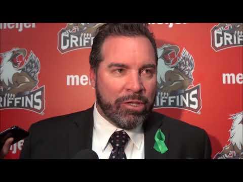 Griffins coach Todd Nelson