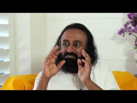 Tom Voss Interviews Gurudev Sri Sri Ravi Shankar - YouTube