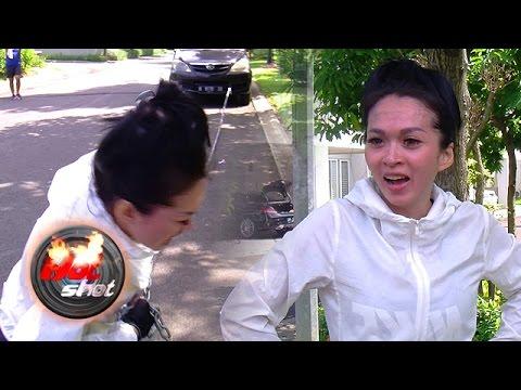 Sasha Alexa Olahraga Menarik Mobil - Hot Shot 06 Mei 2017
