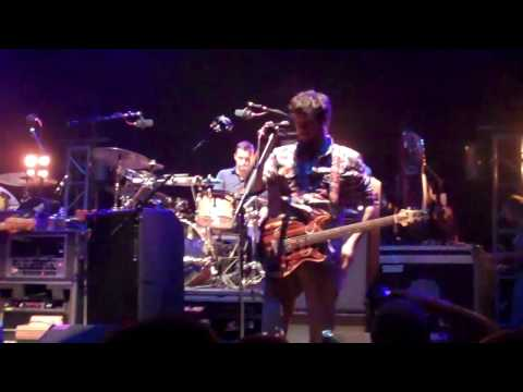 Modest Mouse- Spitting Venom ( the wellmont theatre 7/22/10)