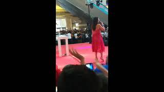 Hande Yener - Beni Sev Forum AVM Diyarbakır  2018 Video