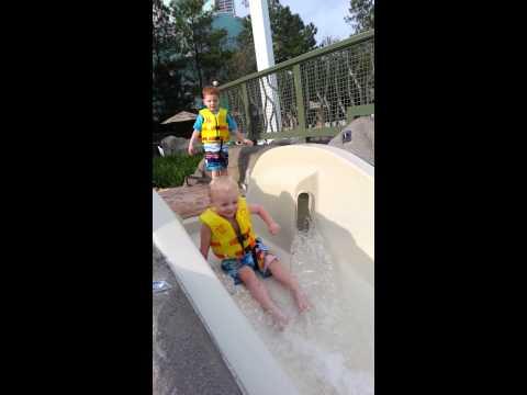 Lathan and Logan swimming at Saratoga Springs pool