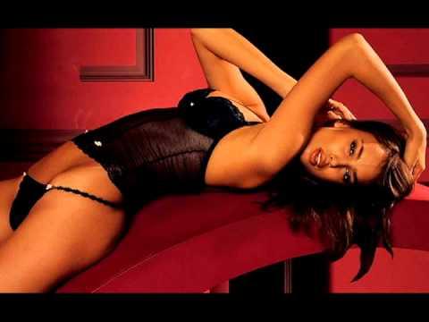 Hot mature erotic striptease von YouTube · Dauer:  1 Minuten 46 Sekunden