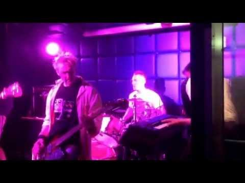 The Fuzzbrats live @ Tomfest Rotterdam Vibes