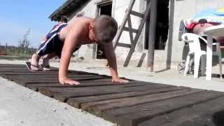 Giuliano Stroe challange Vin - Diesel to make 100 pushups
