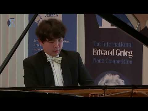 RYOMA TAKAGI: Robert Schumann, Symphonic Etudes, Op. 13 in Grieg Competition 2018