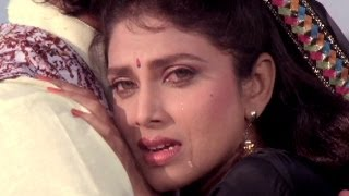 Jaane Wale Bhool Na Jana, Varsha Usgaonkar, Anuradha Paudwal - Ghar Aaya Mera Pardesi Emotional Song