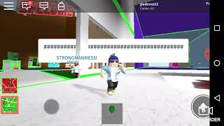 Playing roblox with my friend dri and a lot of Zuera