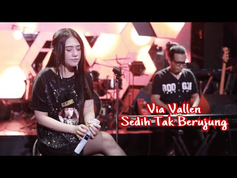 Download Lagu via vallen sedih tak berujung (cover) mp3