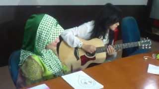 Fatin Shidqia feat Dera Idol Pumped Up Kicks Foster TP at Okezone Office