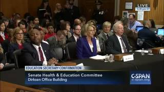 Sen. Patty Murray voices concerns over Betsy DeVos's ethics review