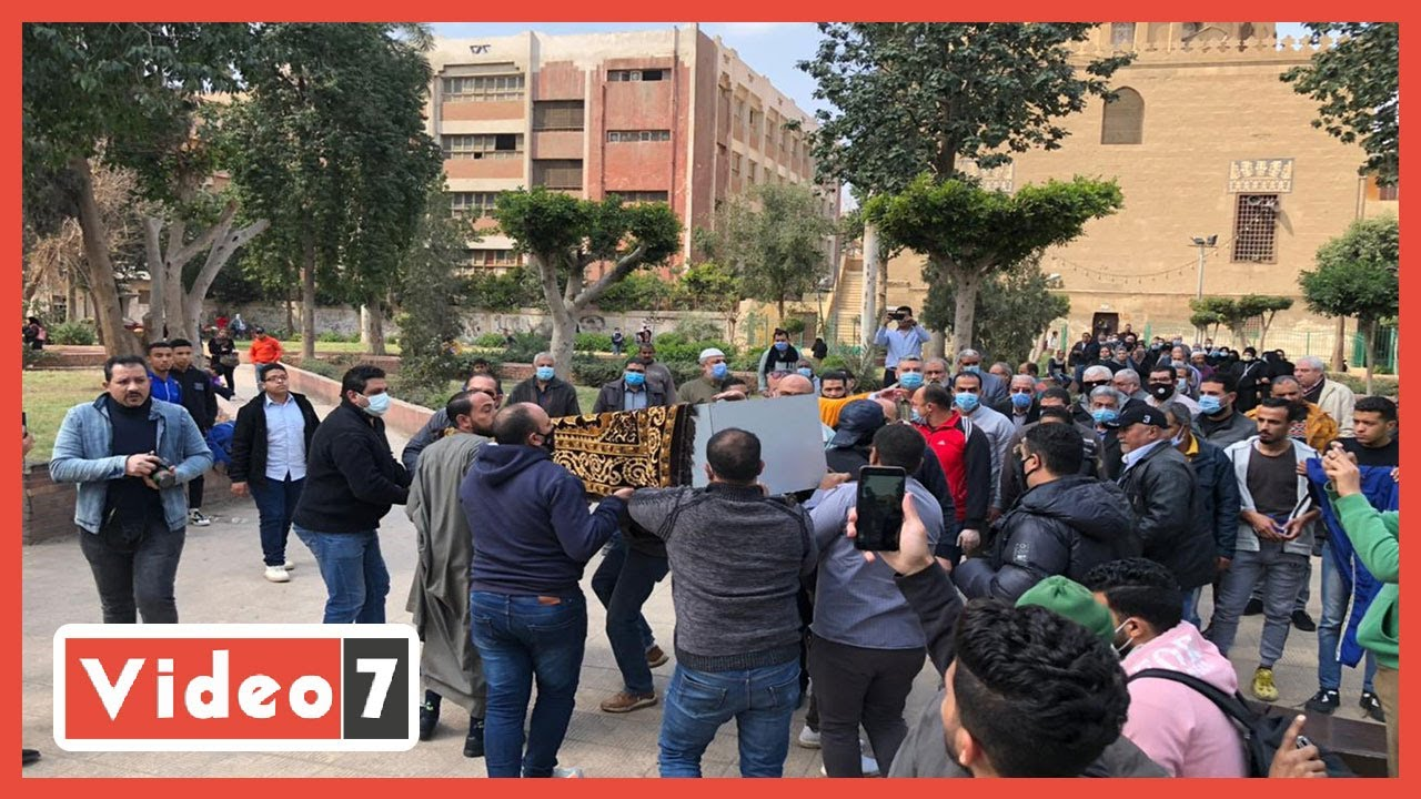 تشييع جثمان الفنانة أحلام الجريتلي من مسجد القبة الفداوية بالعباسية  - نشر قبل 1 ساعة