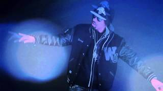 CHEVY WOODS Glass Table Girls ANTUKS Official Video
