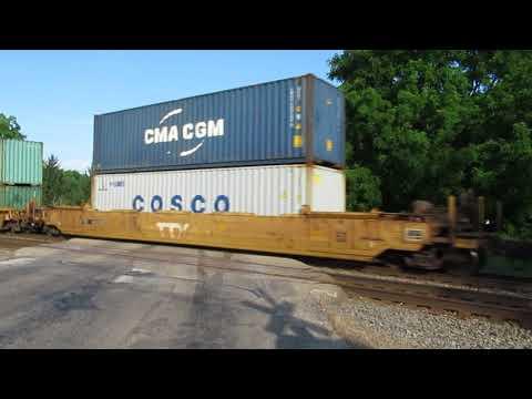 CN 3044 pulling Eastbound intermodal container train near Vicksburg, MI