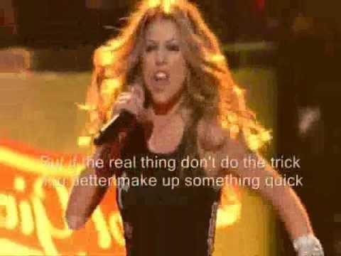 Heart & Fergie - Barracuda (Lyrics)