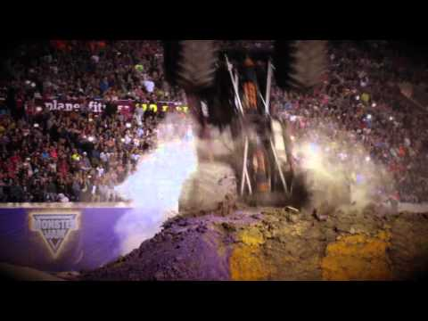 5 Backflips Monster Jam El Paso 2016
