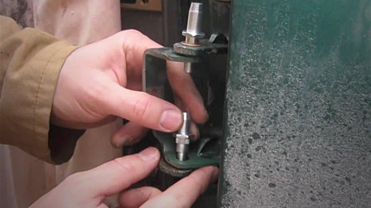 Chevy Silverado Door Hinge Pin Replacement 1999  2006
