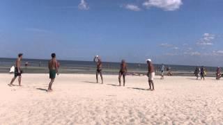 Внуки уезжают, прощальное с выходом...на пляж.