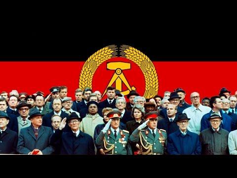 40. Jahrestag der Deutschen Demokratischen Republik! East German NVA Parade!