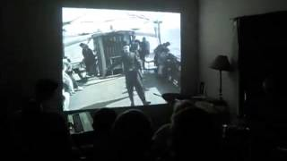 """Nitrato musicalizando """"Un dia de juerga"""" de Charles Chaplin"""