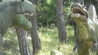 Аттракцион динозавры парке Бомбора