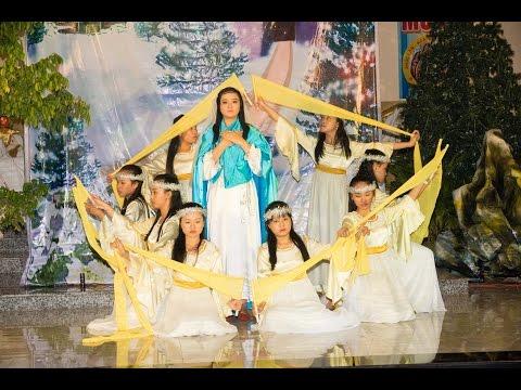 GX Nữ Vương Hòa Bình - Canh Thức Giáng Sinh 2014