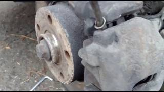 Audi A4 B5 замена передних колодок, профилактическая работа