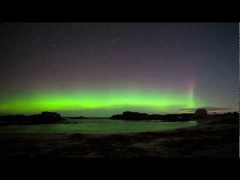 Aurora timelapse - Ballintoy Harbour, Ireland