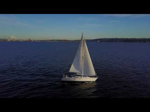 Sailing Dash, Catalina 42, Seattle - 4K drone video