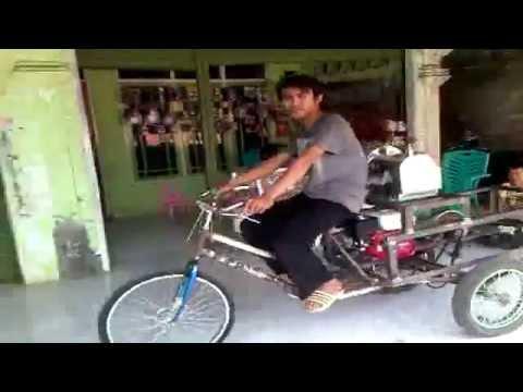 KARYA ANAK BANGSA - Gerobak Sepeda Mesin Diesel - YouTube