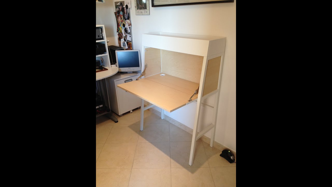Secretary Working Desk