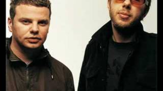 The Chemical Brothers - Electronic Battle Weapon 10 (8 Mins)