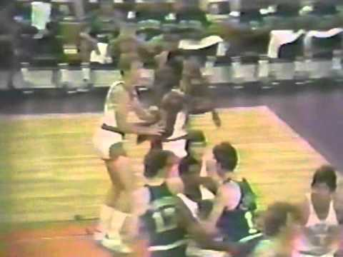 Don Nelson Sets a Mean Pick (1976 Finals)