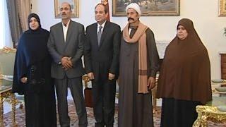 السيسي يستقبل أهالي الشهيدين الشحات شتا ومحمد أيمن ويشيد ببطولتيهما