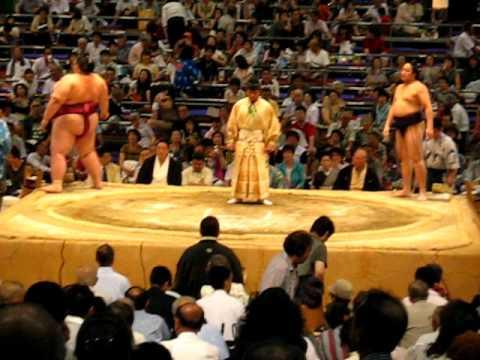 best sumo match ever - nagoya - 21.07.2010