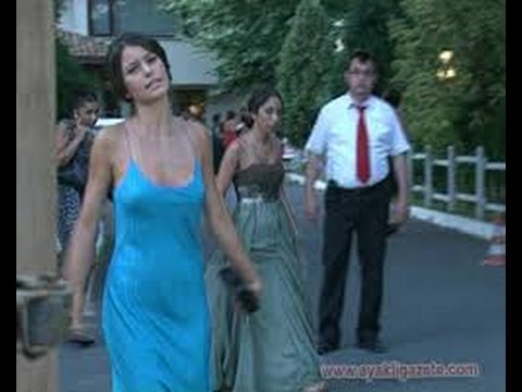 Beren Saat fabulous beautiful sexy short dress images ...