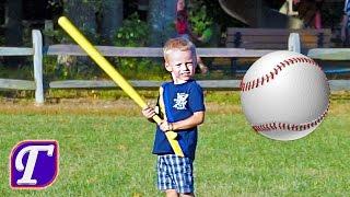 Макc Играет в Футбол Бейсбол Фризби Катается на Горках Качелях в Парке макс влог для детей VLOG