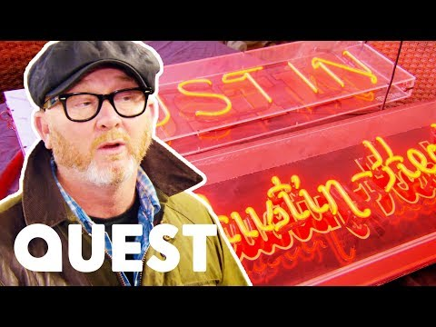 Drew Has To Use All Of His Salesman's Ability To Purchase These Neon Signs | Salvage Hunters