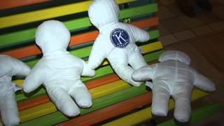 Kiwanis Příbram  opět rozdával dětem v ON látkové panenky