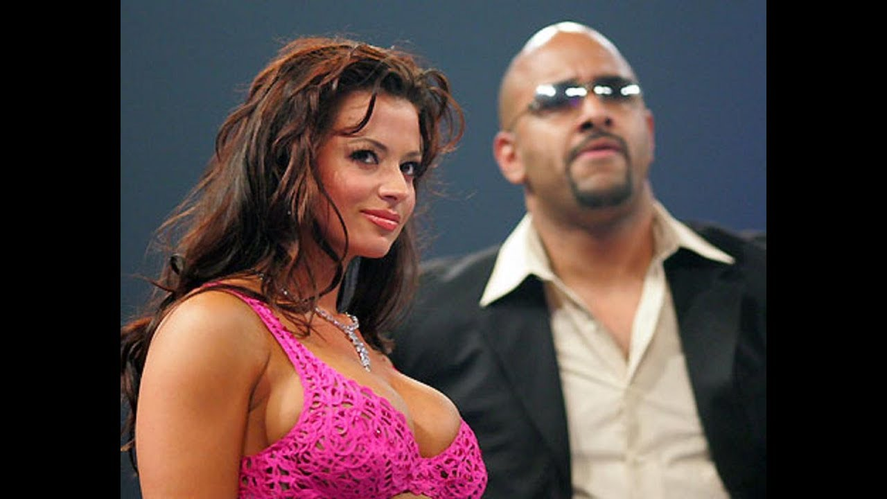 candice michelle makes out with viscera youtube