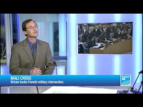 La France mène plusieurs raids au Mali, un soldat français tué.