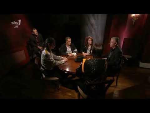 Michael Jackson: The Live Seance HILARIOUS!!! Derek Acorah