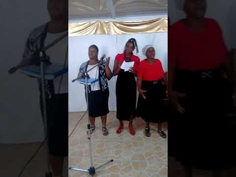 Merci papa le groupe Dorcas de l'église les combattants de la foie