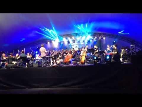 Thriller symphonique (extrait de la générale: Make me feel) Concert samedi 30 mai 21h