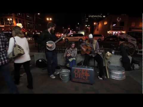 Free Dirt, a country folk band (Nashville)