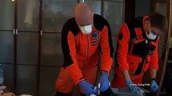 """Realia pracy ratowników medycznych. """"To wygląda jak w horrorze"""" (UWAGA! TVN)"""