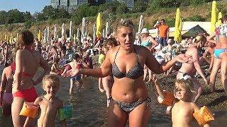 АНАПА 2018 Самый чистый пляж в АНАПЕ! ЦЕНЫ! МОРЕ ЛЮДЕЙ! Как мы спасаемся от жары? Спальни девочек.