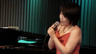 唄 米田まり。 2011-01 QUI上野池之端ライヴでの録画、録音により作成。