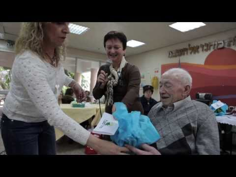 Caring For Israel's Lonely And Isolated Elderly: JDC Day Care Centers
